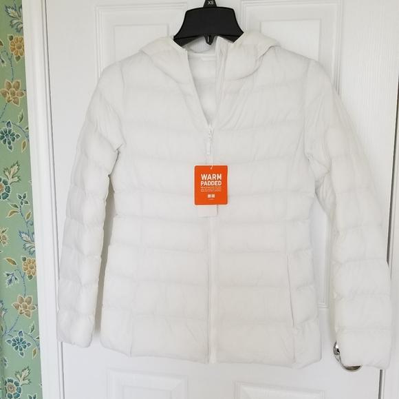 Uniqlo Jackets & Blazers - Uniqlo Hooded Light Puffer Jacket